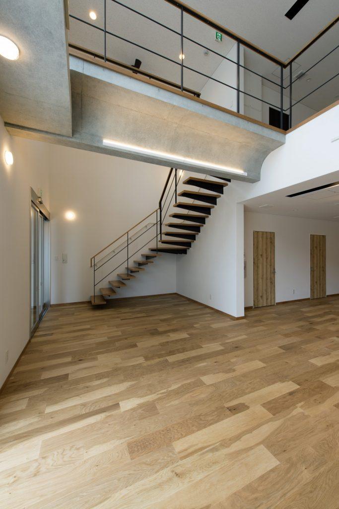青島計画1階 ホール