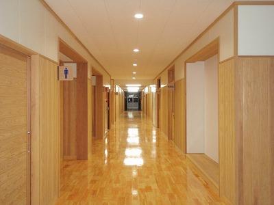 平成25年度小学校校舎整備事業 小林市立南小学校管理棟改築工事【内観/廊下】