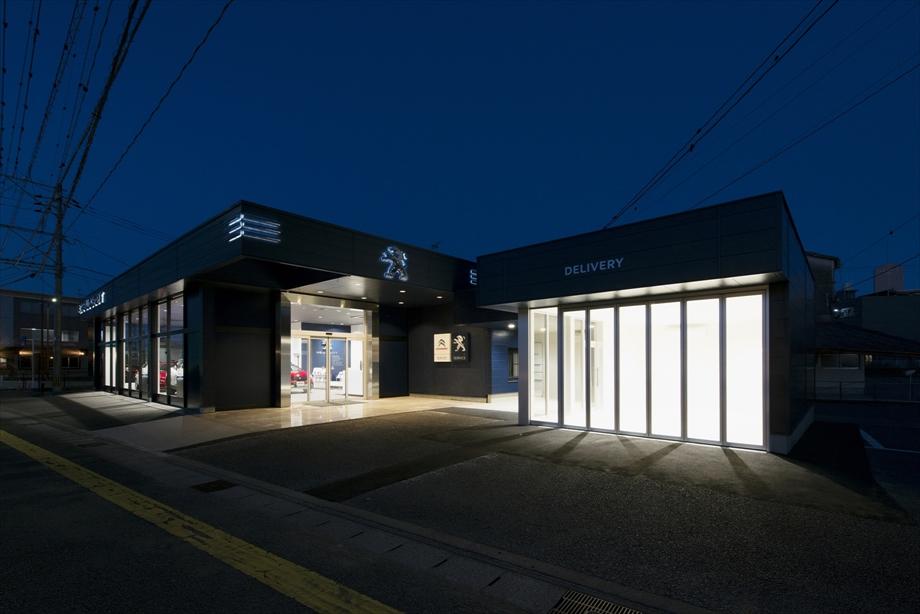 フランス自動車有限会社Peugeot宮崎増築工事【外観】