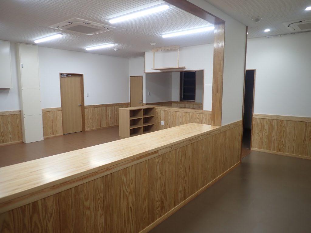令和元年度 合板・製材・集成材生産性向上・ 品目転換促進対策事業 管理棟建設工事ホール・事務室
