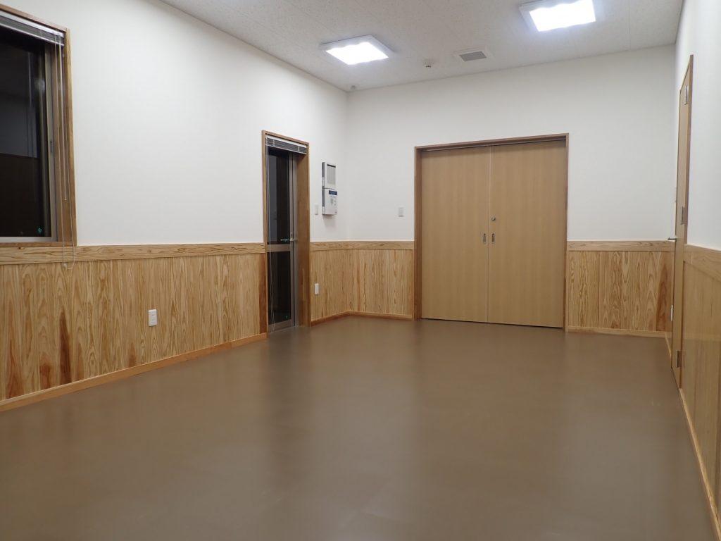 令和元年度 合板・製材・集成材生産性向上・ 品目転換促進対策事業 管理棟建設工事ミーティング室