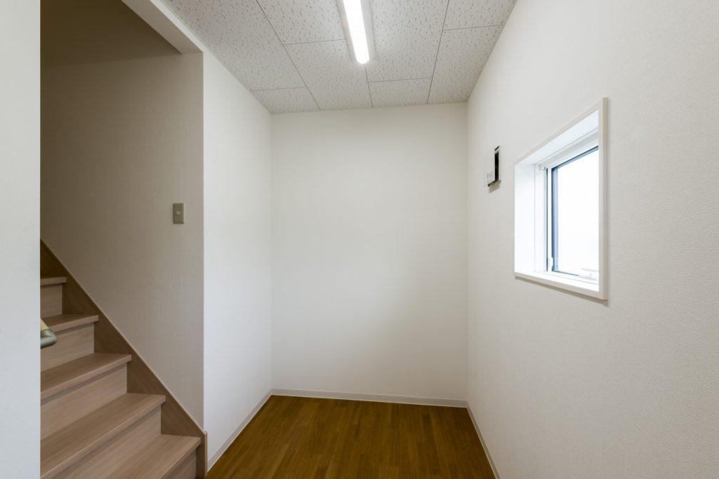 みなみえびの保育園新築工事更衣室
