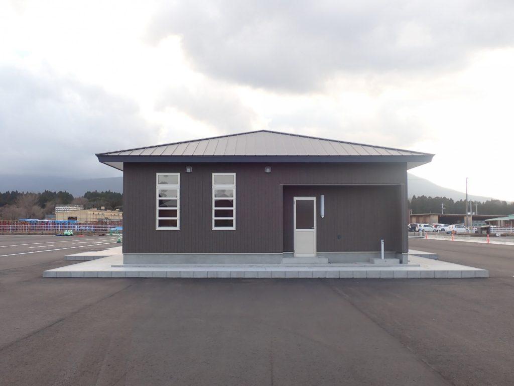 令和元年度 合板・製材・集成材生産性向上・ 品目転換促進対策事業 管理棟建設工事東面
