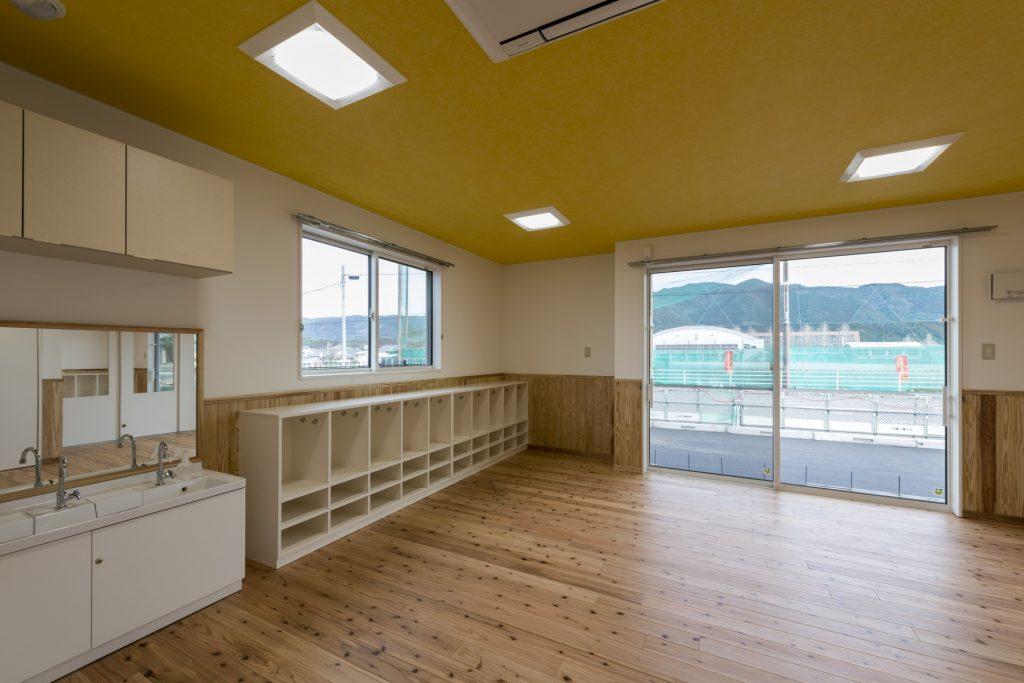 みなみえびの保育園新築工事3歳児保育室
